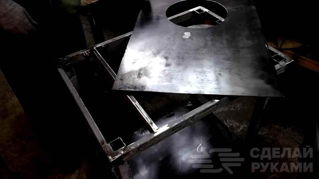 Сварочный стол с дополнительной вращающейся платформой