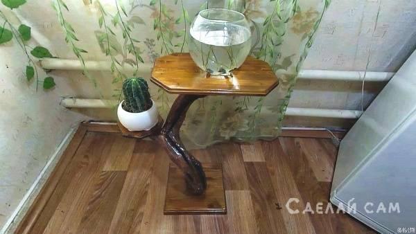 Декоративный столик из виноградной лозы своими руками.