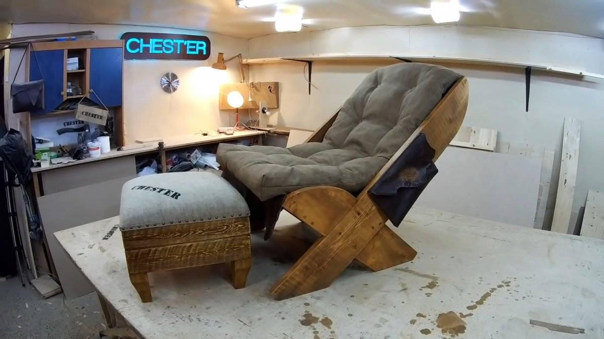 Как сделать крутое кресло-лежак простыми инструментами.