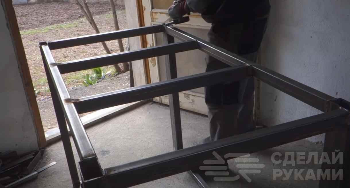6e759433a5660c466012a040db90f654 - Универсальный рабочий стол для домашней мастерской