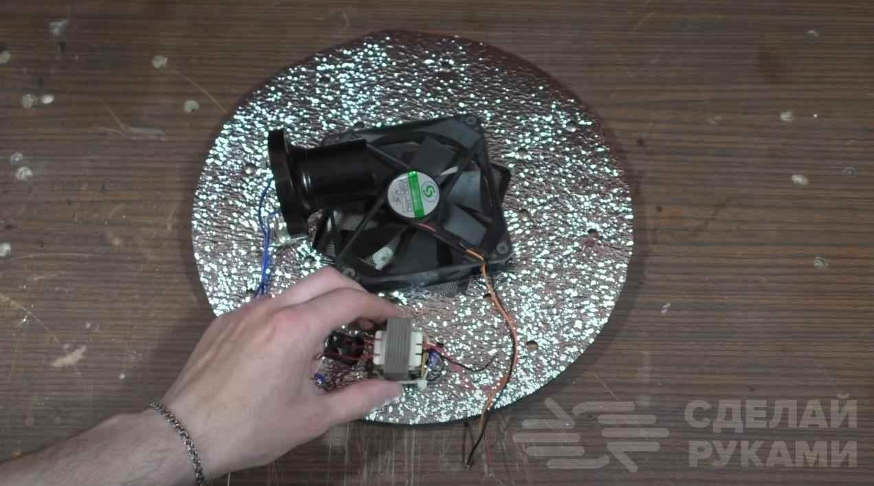 Делаем кухонный электроприбор из старой дырявой кастрюли