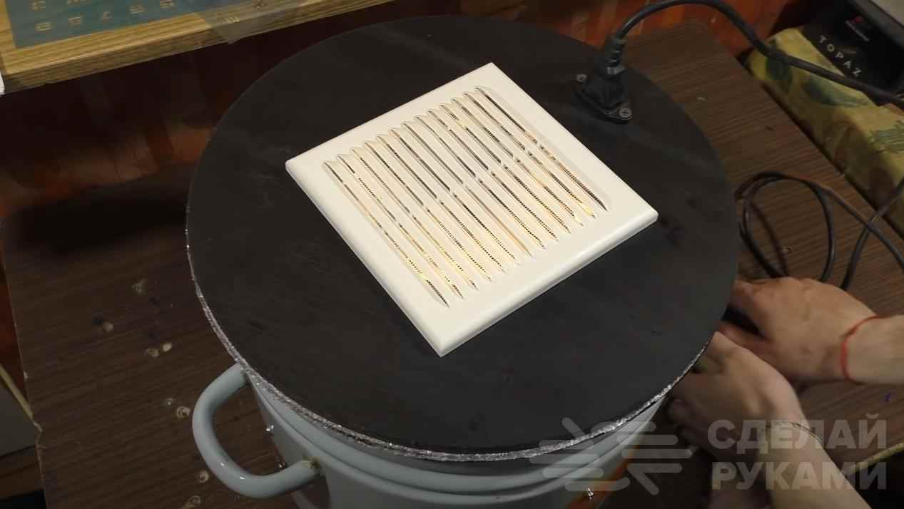 92e2e6653b7536986b2c2cb02a0016fd - Делаем кухонный электроприбор из старой дырявой кастрюли