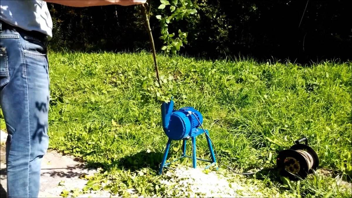 e049e677da853d76857f9f59ec5845cc - Как сделать легкий маленький садовый измельчитель для веток