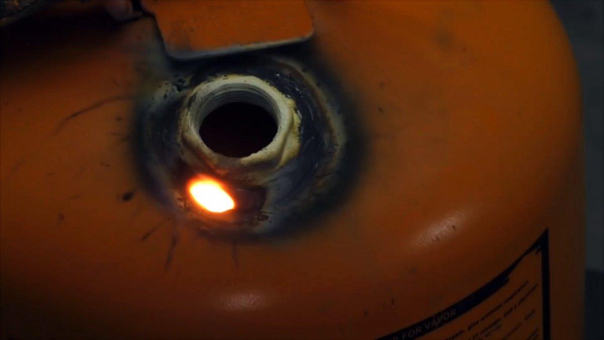 Пескоструйная установка из авто свечи и небольшого газового баллона