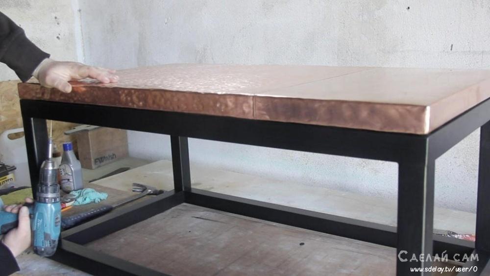 Кофейный столик с металлической столешницей своими руками