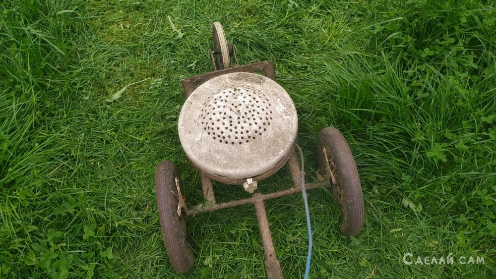 Самодельная газонокосилка из стиральной машины.